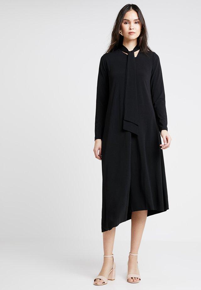 POSKRISTINA DRESS - Maxikleid - black