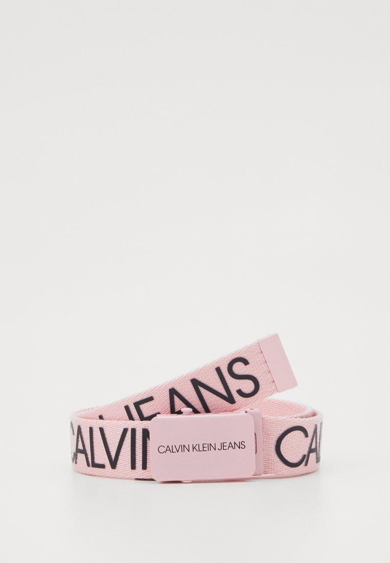 Calvin Klein Jeans - LOGO BELT UNISEX - Riem - pink
