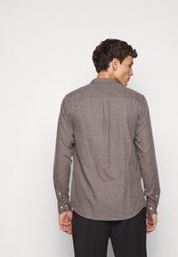 Les Deux - DESERT - Shirt - brown melange - 2