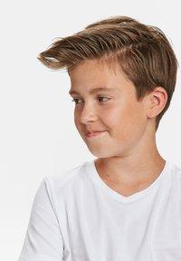 WE Fashion - WE FASHION JONGENS BASIC T-SHIRT, 2-PACK - T-shirt basic - white - 3
