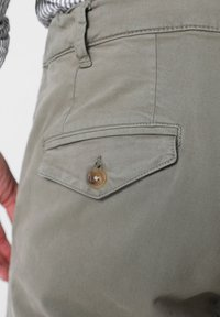 Scalpers - Trousers - taupe - 4