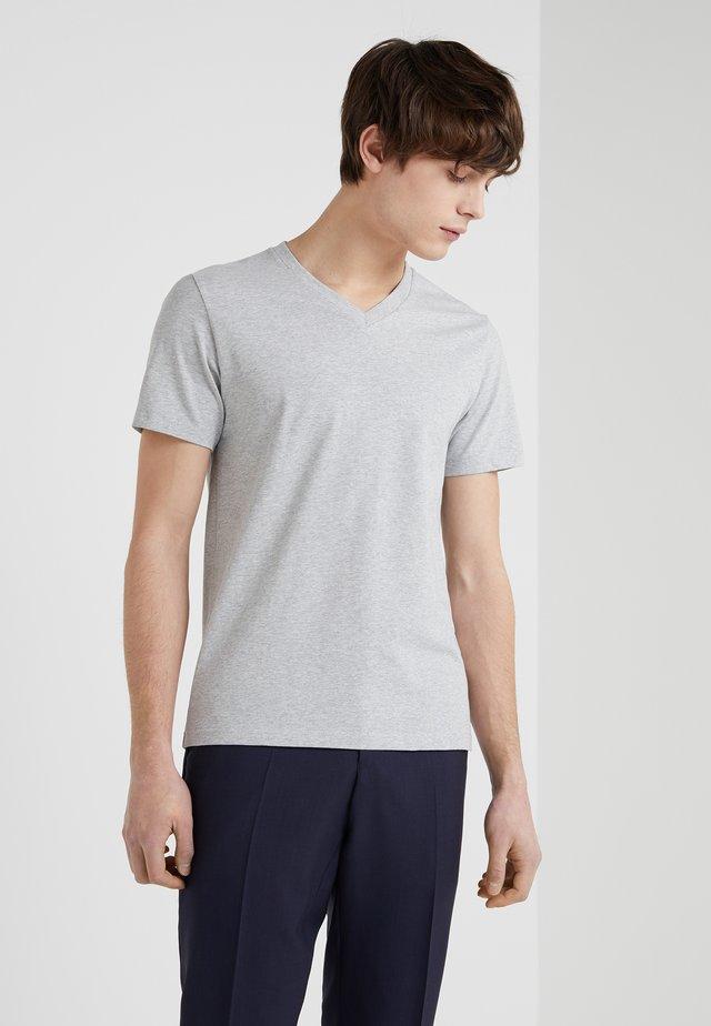 SOFT LYCRA NECK - Jednoduché triko - light grey melange