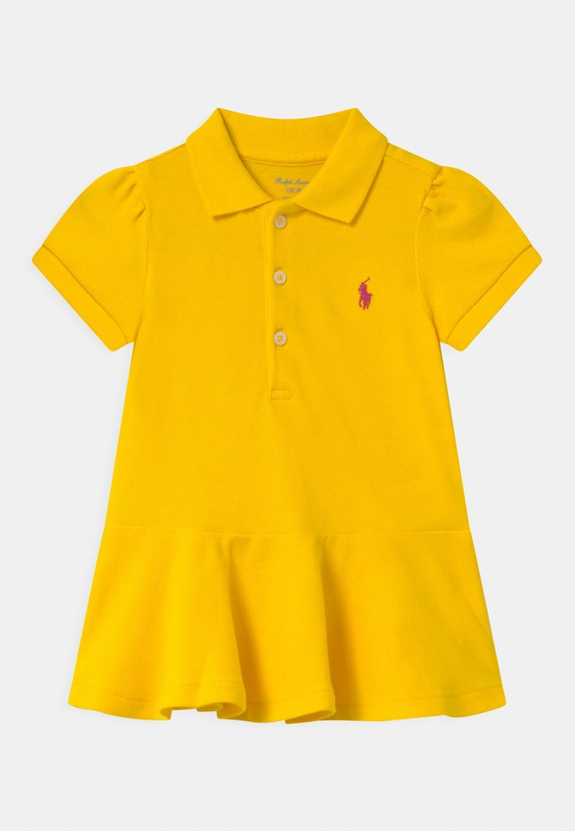 Polo - university yellow