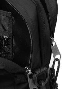 Eastpak - BARTECH - Briefcase - black - 4