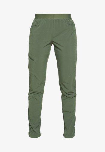 CHAMBEAU ROCK PANTS - Trousers - camp green
