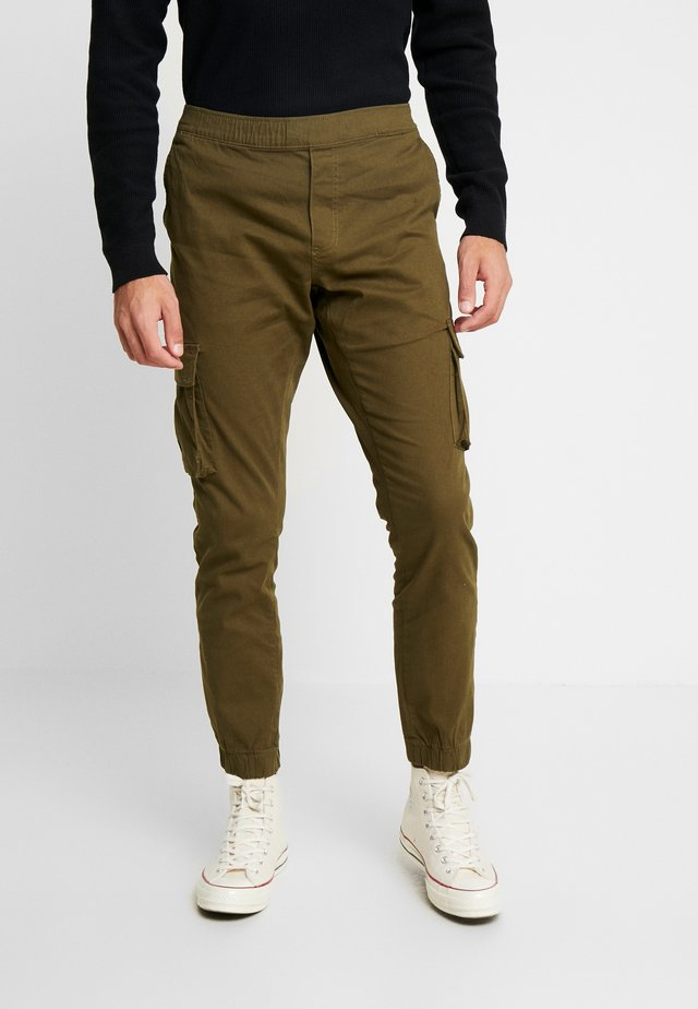 CUFFED PANT - Cargo trousers - dark khaki