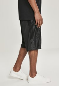 Southpole - Shorts - black/black - 4