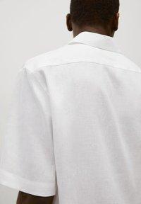 Mango - BOWLING - Skjorta - white - 4