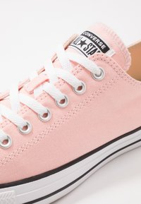 Converse - CHUCK TAYLOR ALL STAR - Sneaker low - storm pink - 5