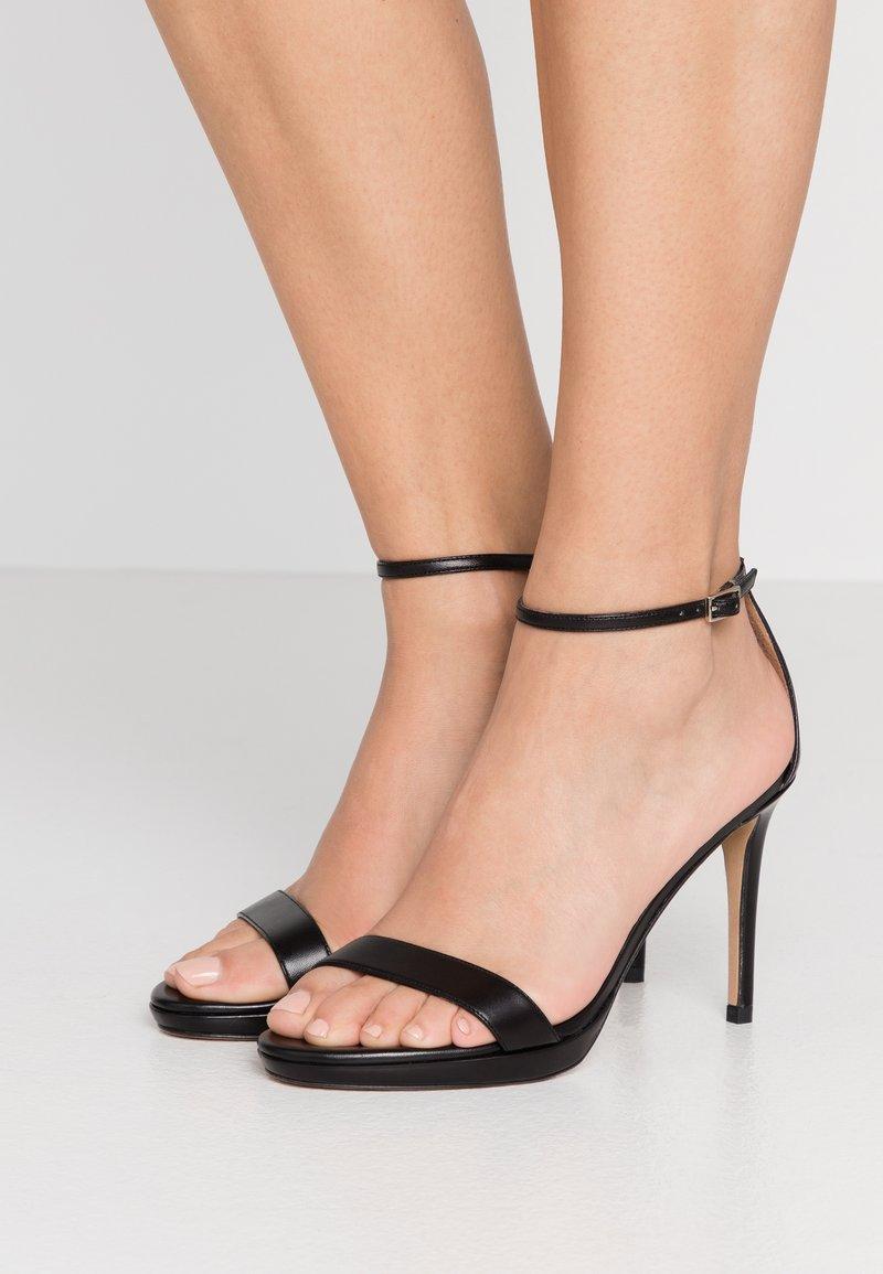 Pura Lopez - Sandales à talons hauts - black