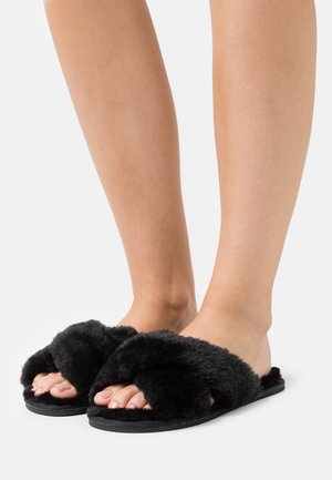 PERFECT FRIEND - Slippers - black