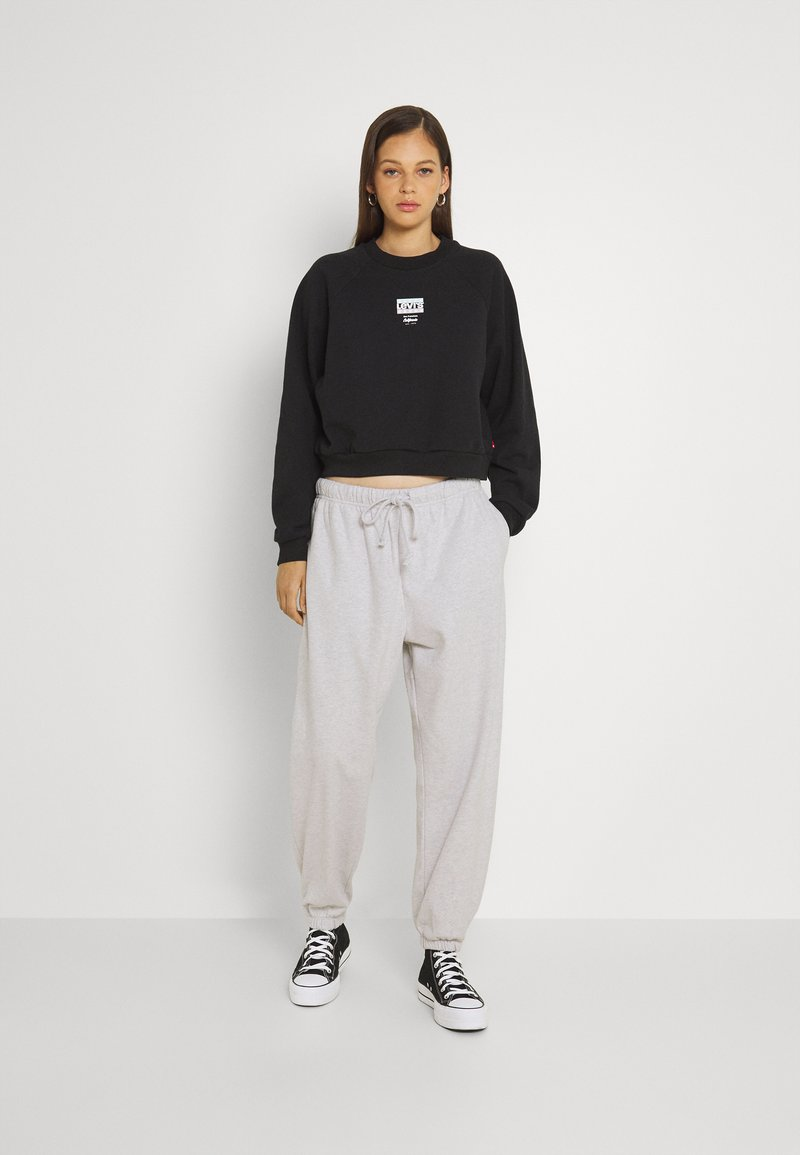 Levi's® - SWEATPANTS - Pantalones deportivos - orbit heather gray