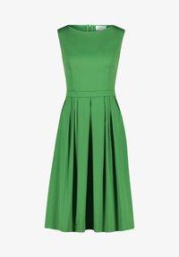 Vera Mont - Day dress - may green - 0