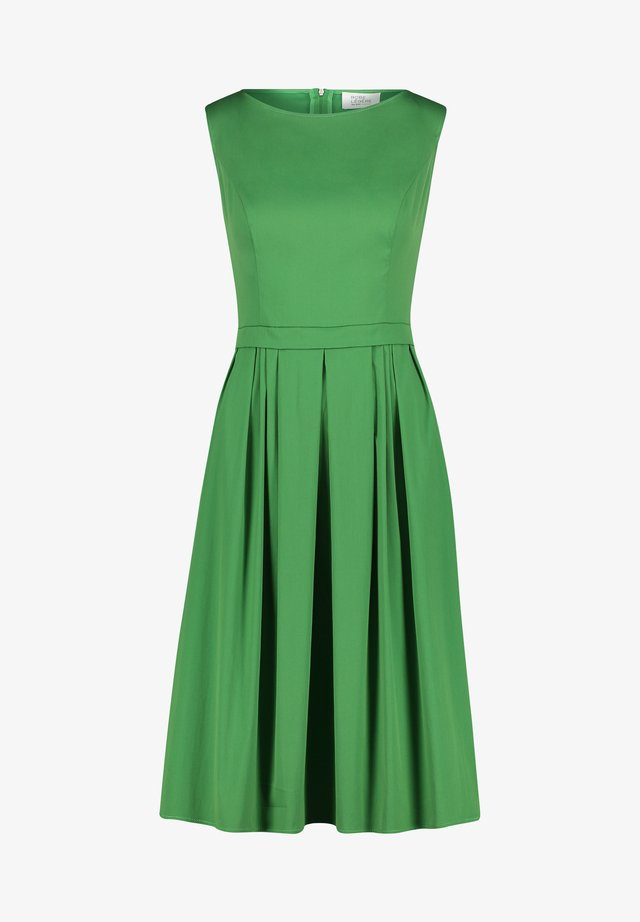 Day dress - may green