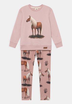 SET UNISEX - Sweatshirt - pink