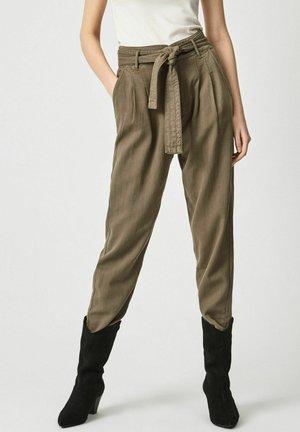 CLOE - Trousers - range