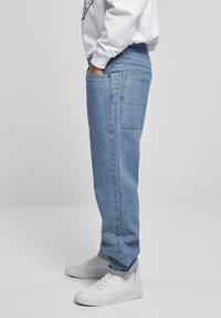 Southpole - SOUTHPOLE  - Jeans straight leg - retro midblue - 3