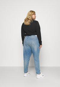 Calvin Klein Jeans Plus - HIGH RISE SKINNY ANKLE - Skinny džíny - denim light - 2