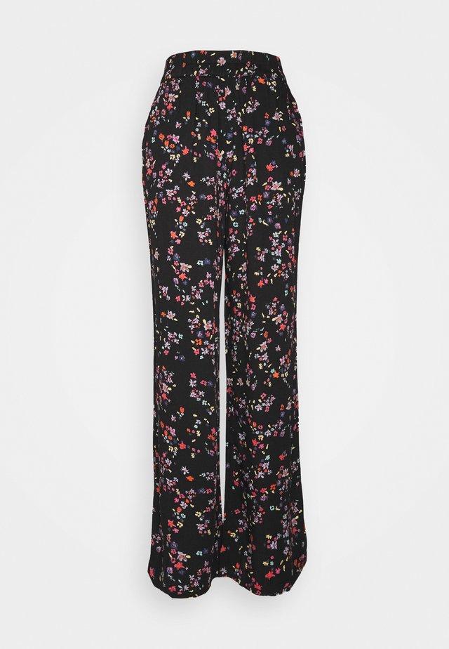 PCLALA WIDE PANTS - Pantalon classique - black
