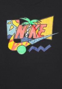 Nike Sportswear - TEE FUTURA PALM UNISEX - T-shirt print - black - 2