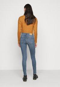 Noisy May Tall - NMKIMMY - Jeans Skinny Fit - medium blue denim - 2