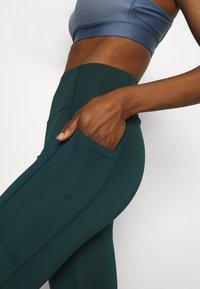 Cotton On Body - LIFESTYLE POCKET 7/8 - Legging - june bug - 3