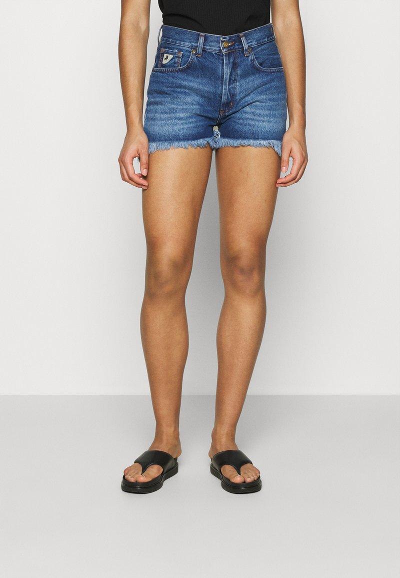 LOIS Jeans - SANTA - Jeansshorts - stone