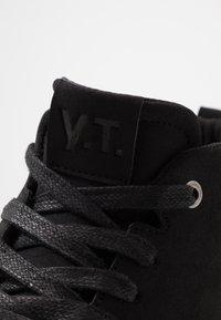 YOURTURN - Höga sneakers - black - 5