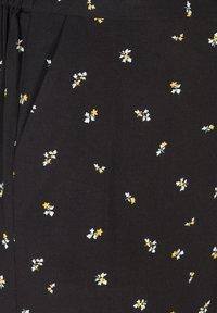 Zizzi - Shorts - black aop - 4