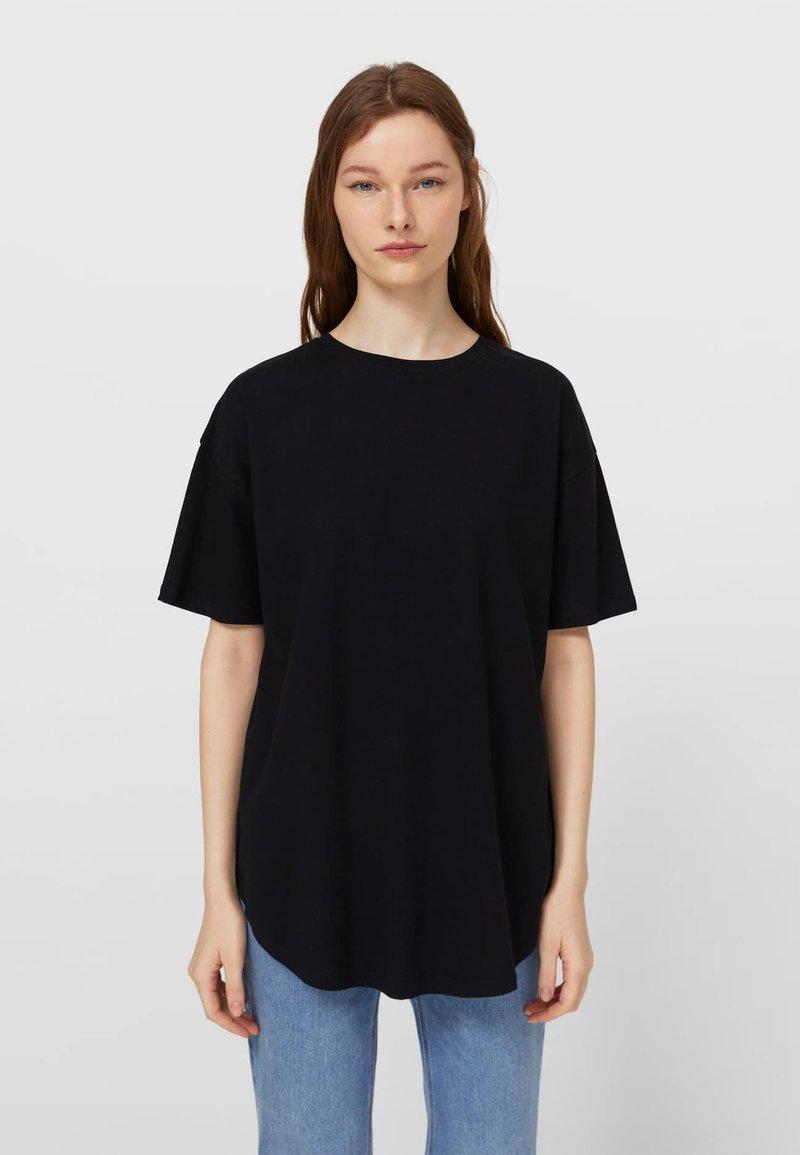 Stradivarius - Basic T-shirt - black