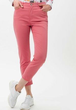 STYLE CARO  - Slim fit jeans - cherry blossom