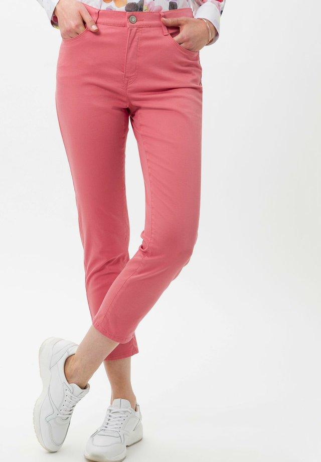 STYLE CARO  - Jeans slim fit - cherry blossom