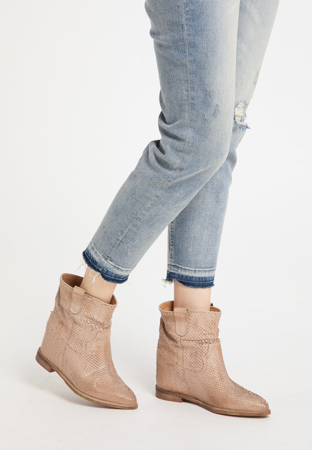 Ankle boot - beige python