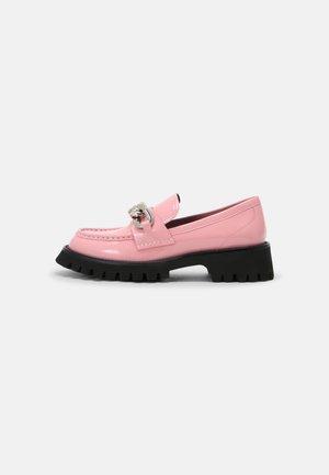 RECESS - Slippers - pink pat