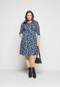 Dorothy Perkins Curve - CURVE LONG SLEEVE DITSY PRINT FIT AND FLARE  - Day dress - navy - 1