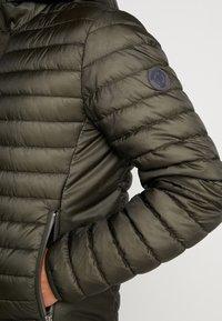 Marc O'Polo - REGULAR FIT LONG SLEEVE HOOD - Light jacket - grape leaf - 6