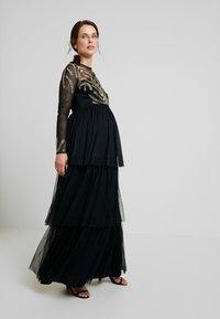Maya Deluxe Maternity - EMBELLISHED BODICE MAXI DRESS - Maxikleid - black - 0