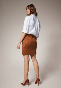 comma - Pencil skirt - toffee - 2
