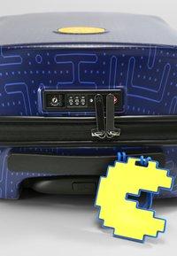 Kipling - CURIOSITY S PACM - Wheeled suitcase - pac man good - 6