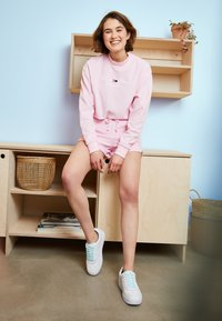 Tommy Jeans - PASTEL CREW - Mikina - romantic pink - 1