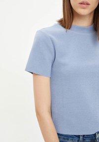 DeFacto - Basic T-shirt - blue - 4