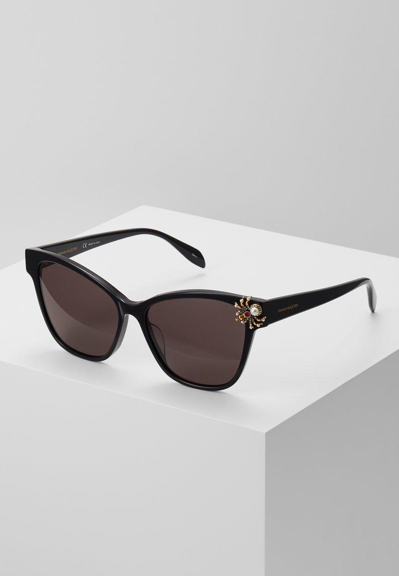Alexander McQueen - SUNGLASS WOMAN  - Sunglasses - black/black/grey