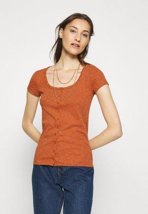 SCOOP CARDI - Print T-shirt - copper