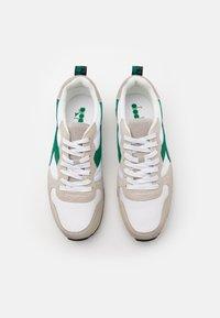 Diadora - USED - Zapatillas - white/verdant green - 3