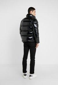 Peak Performance Urban - APRES JACKET - Down jacket - black - 2