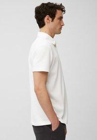 Marc O'Polo - SHORT SLEEVE - Polo shirt - white - 4