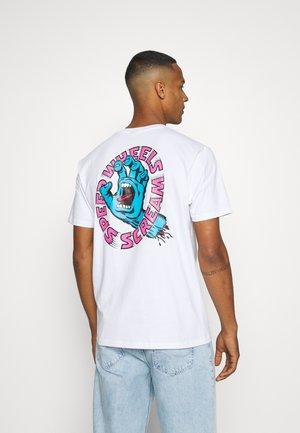 UNISEX SCREAMING HAND SCREAM - Print T-shirt - white