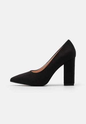 WIDE FIT NEHA - Zapatos altos - black