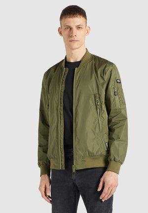 ASTILE - Bomber Jacket - khaki pes
