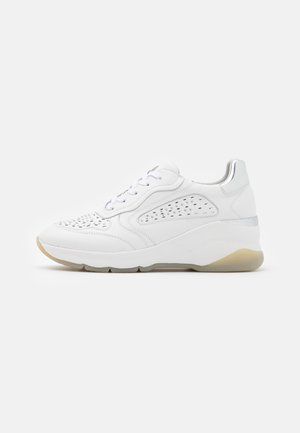 LACE UP - Sneakers basse - white